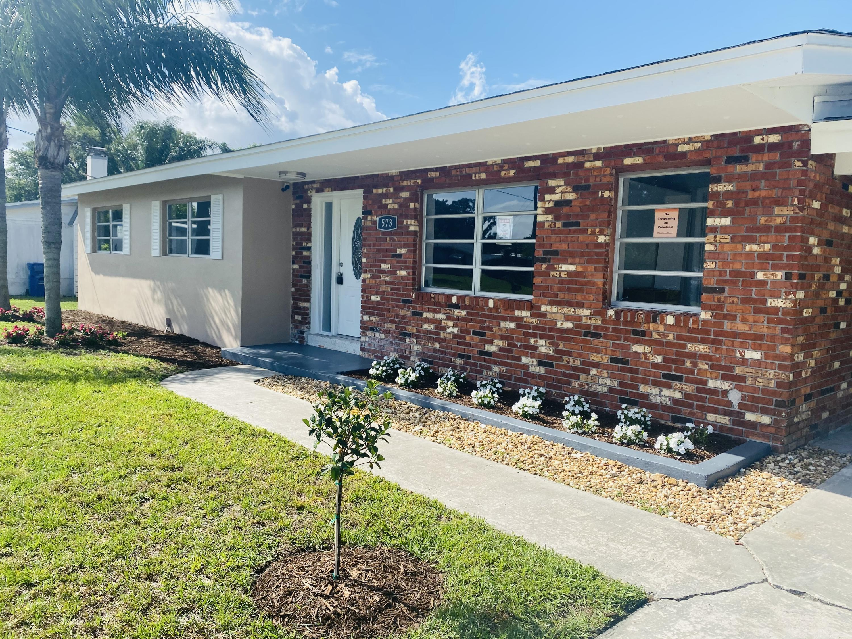 Home for sale in REPLAT OF COLLIER CREEK SEBASTIAN HGHLNDS UNIT 2 Sebastian Florida