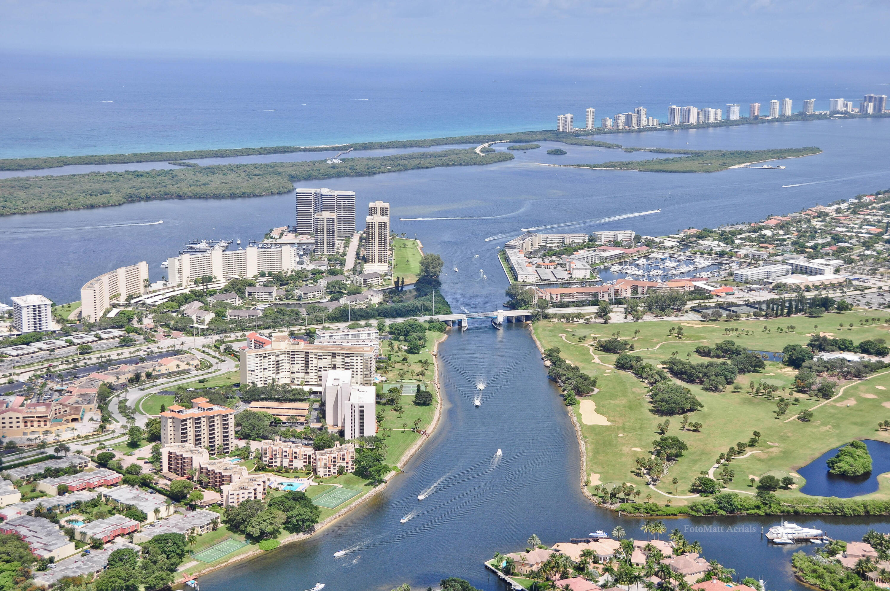 364  Golfview Road 207 For Sale 10716266, FL