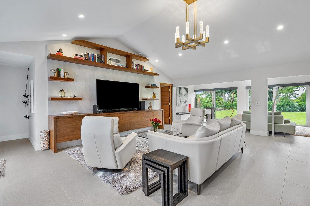 4582 Sanderling Circle  Boynton Beach FL 33436