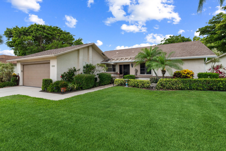 5558  Forest Oaks Terrace  For Sale 10716687, FL