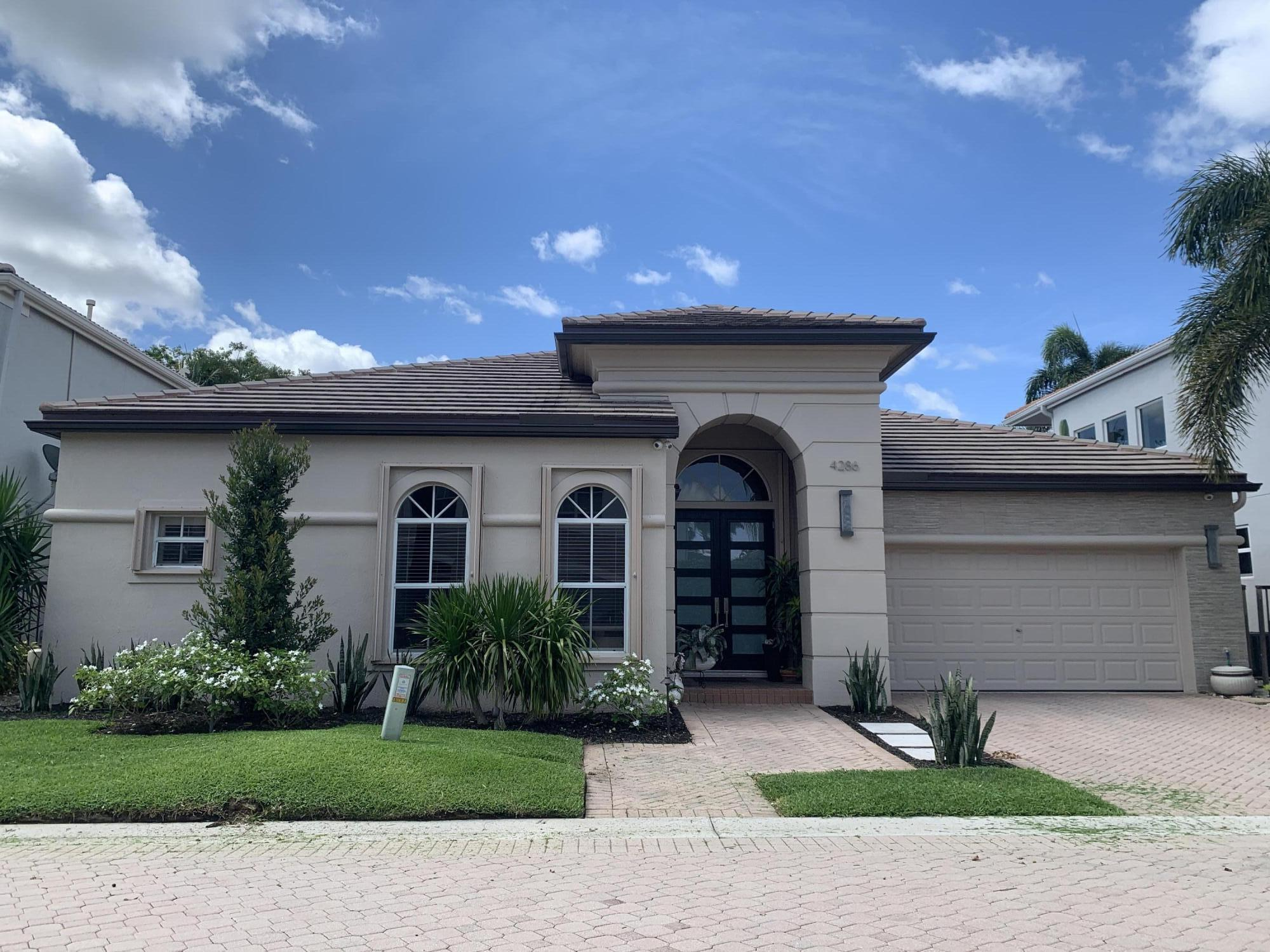 4286 NW 60th Drive  For Sale 10716728, FL