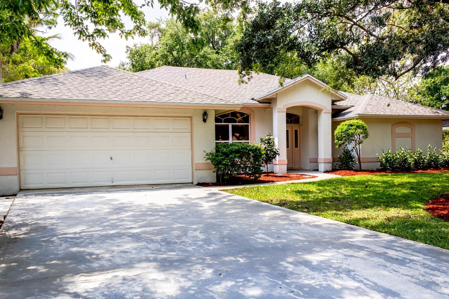 3770 SW Thistlewood Lane Palm City, FL 34990