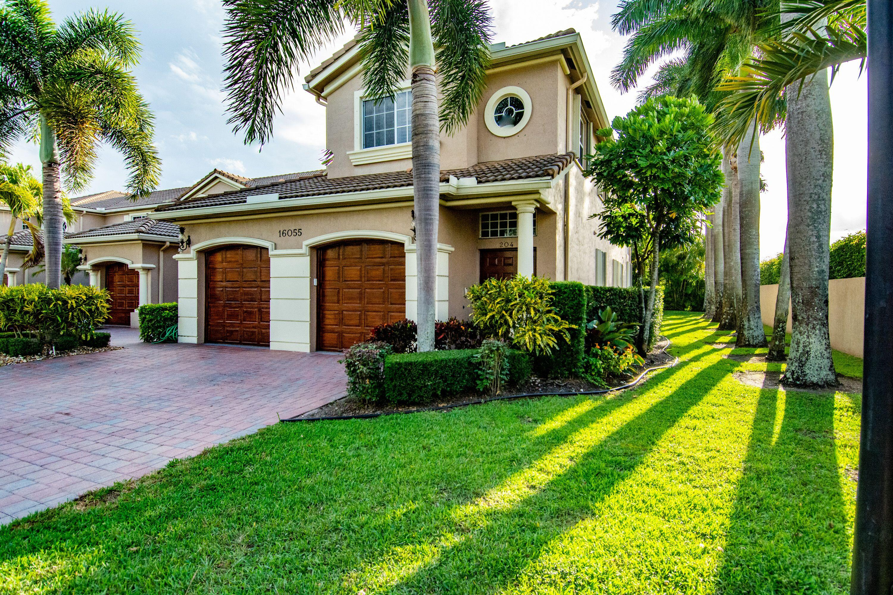 16055  Sims Road 204 For Sale 10716902, FL