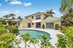 32 Coconut Lane, Tequesta, FL 33469