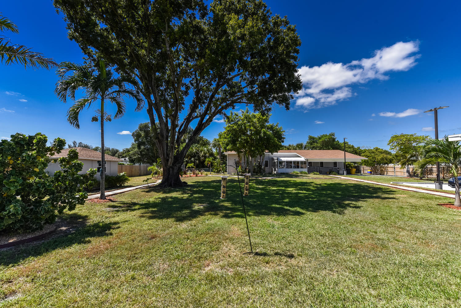 1893 Haverhill Rd West Palm-large-003-00