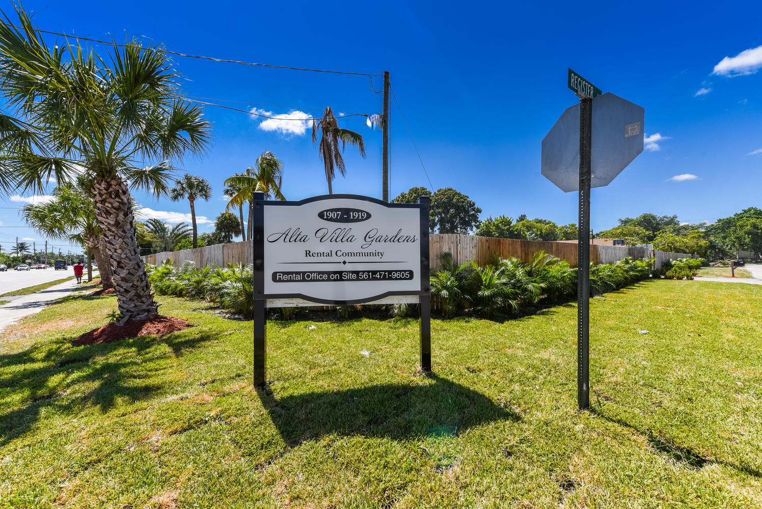 1893 Haverhill Rd West Palm-large-012-02