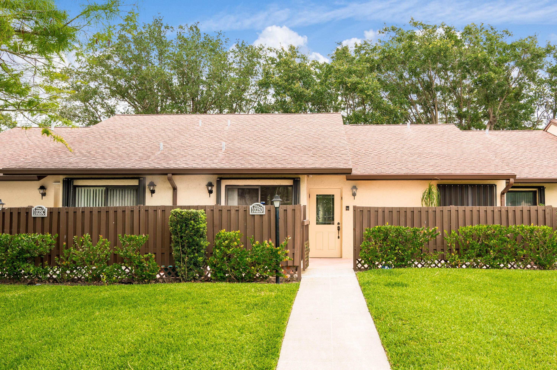 1025  Green Pine Boulevard D For Sale 10714770, FL