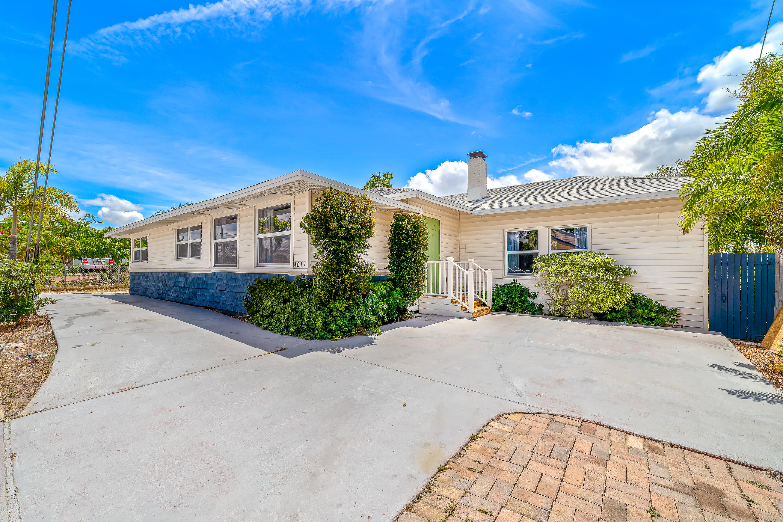 4617  Parker Avenue  For Sale 10717627, FL