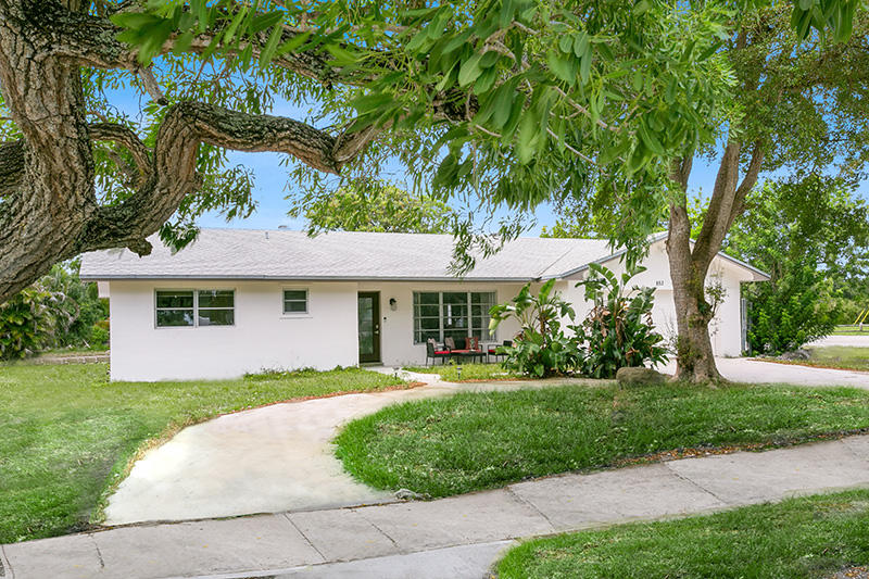 852 NW 13th Avenue  For Sale 10717269, FL