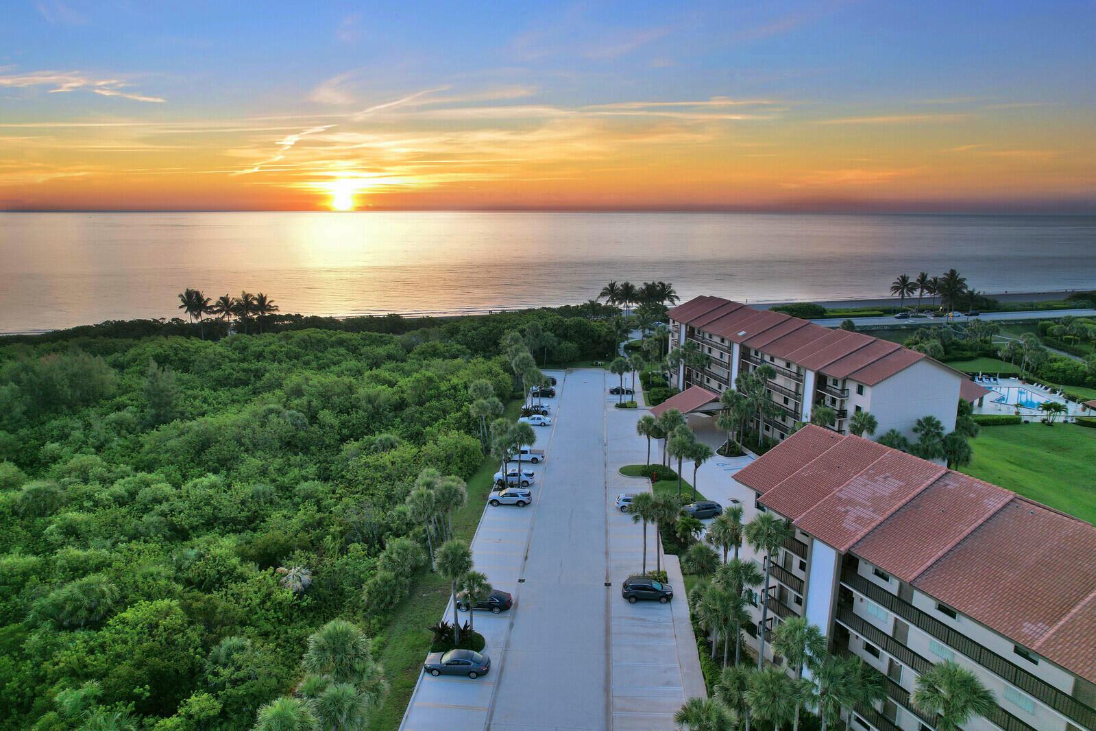 201  Ocean Bluffs Boulevard 502 For Sale 10717284, FL