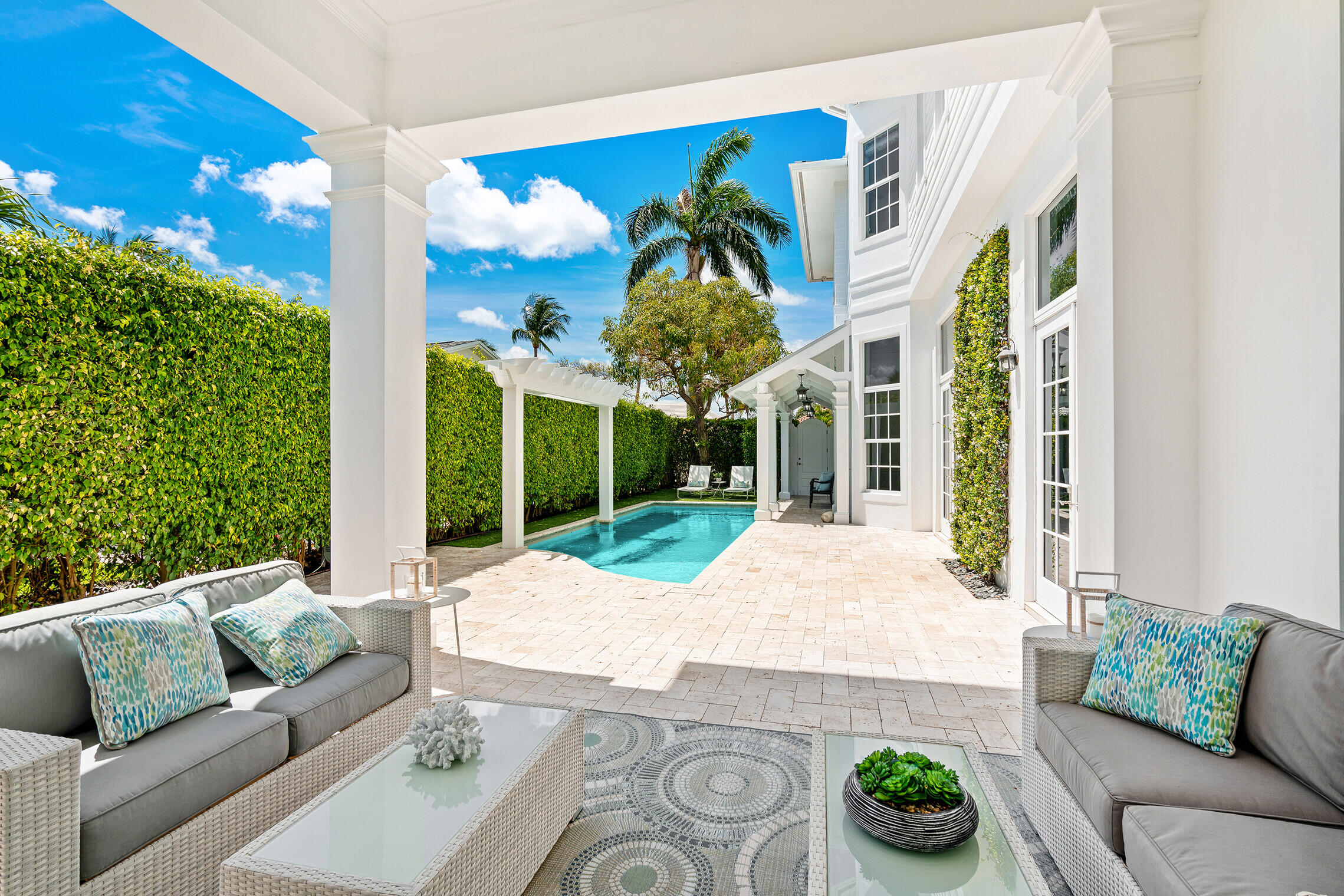 345  Murray Road  For Sale 10717316, FL