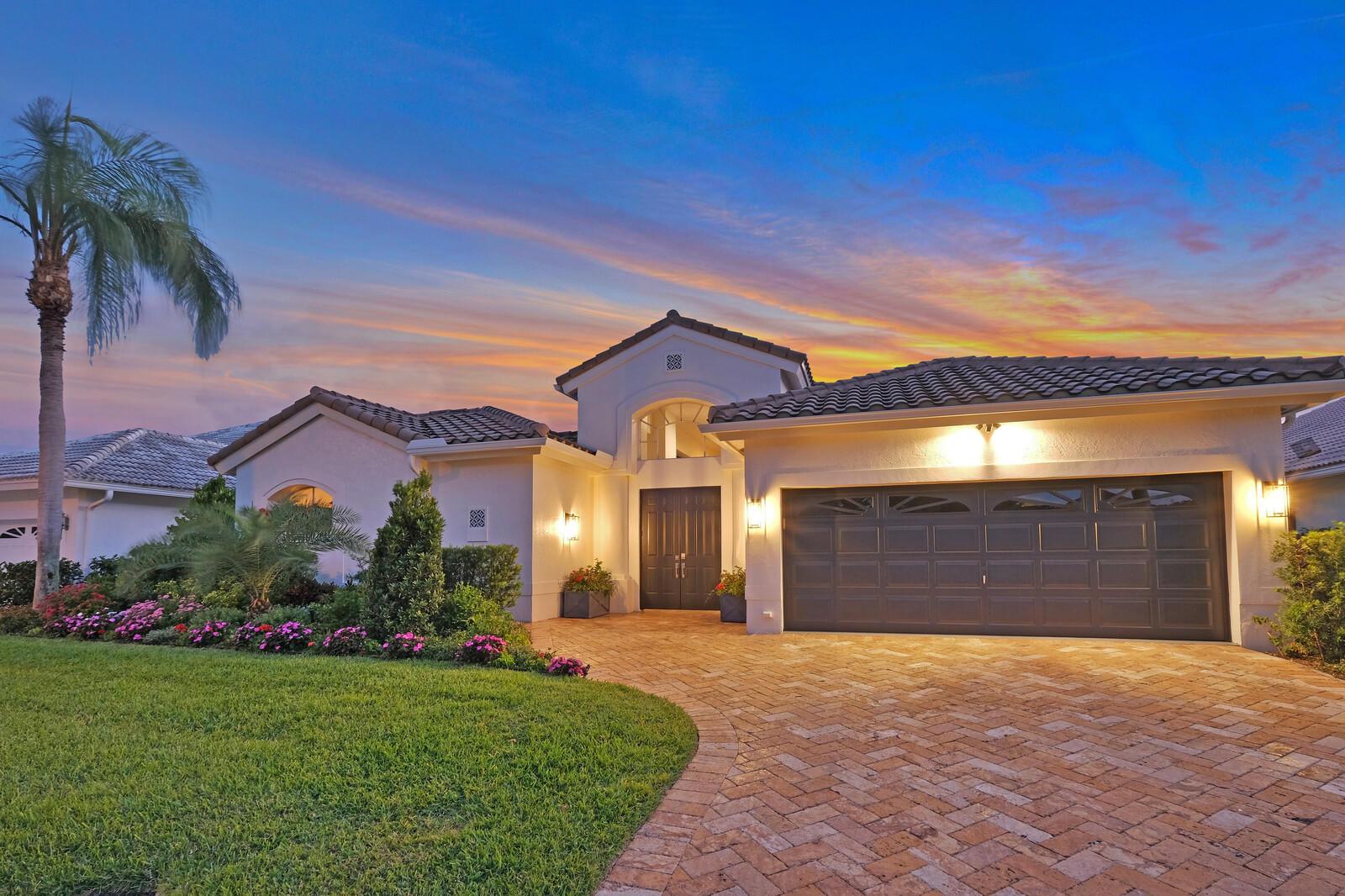 7606  La Corniche Circle  For Sale 10717425, FL