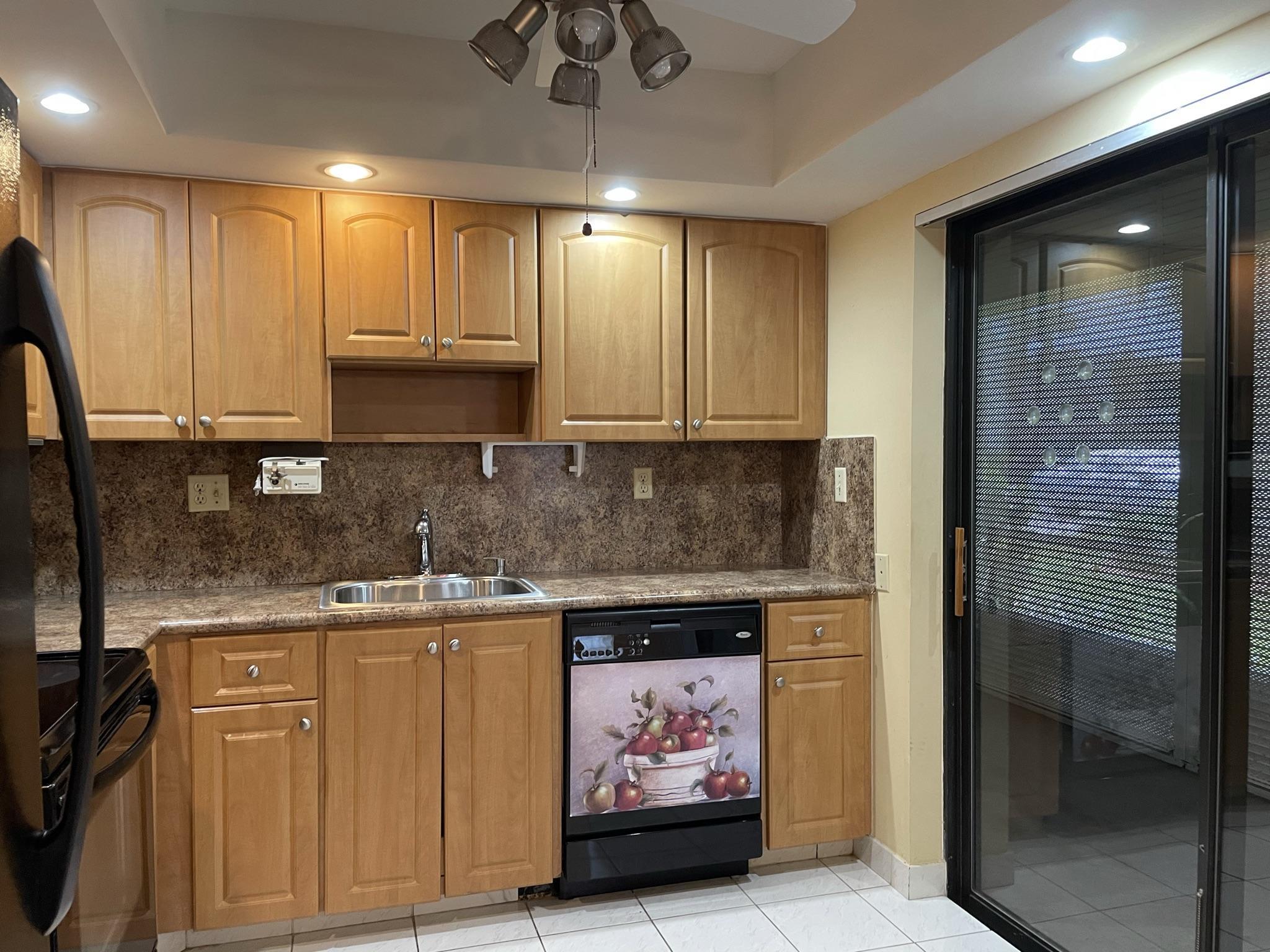439  Piedmont J   For Sale 10717491, FL