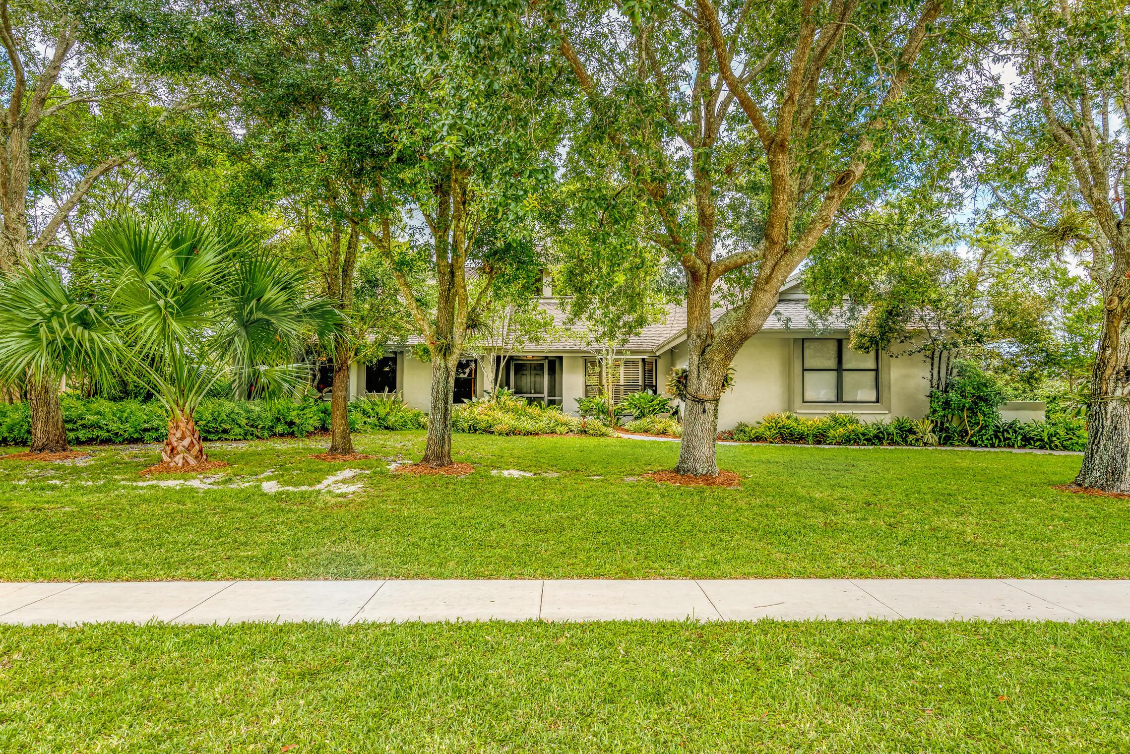 1435  Wood Dale Terrace  For Sale 10717515, FL