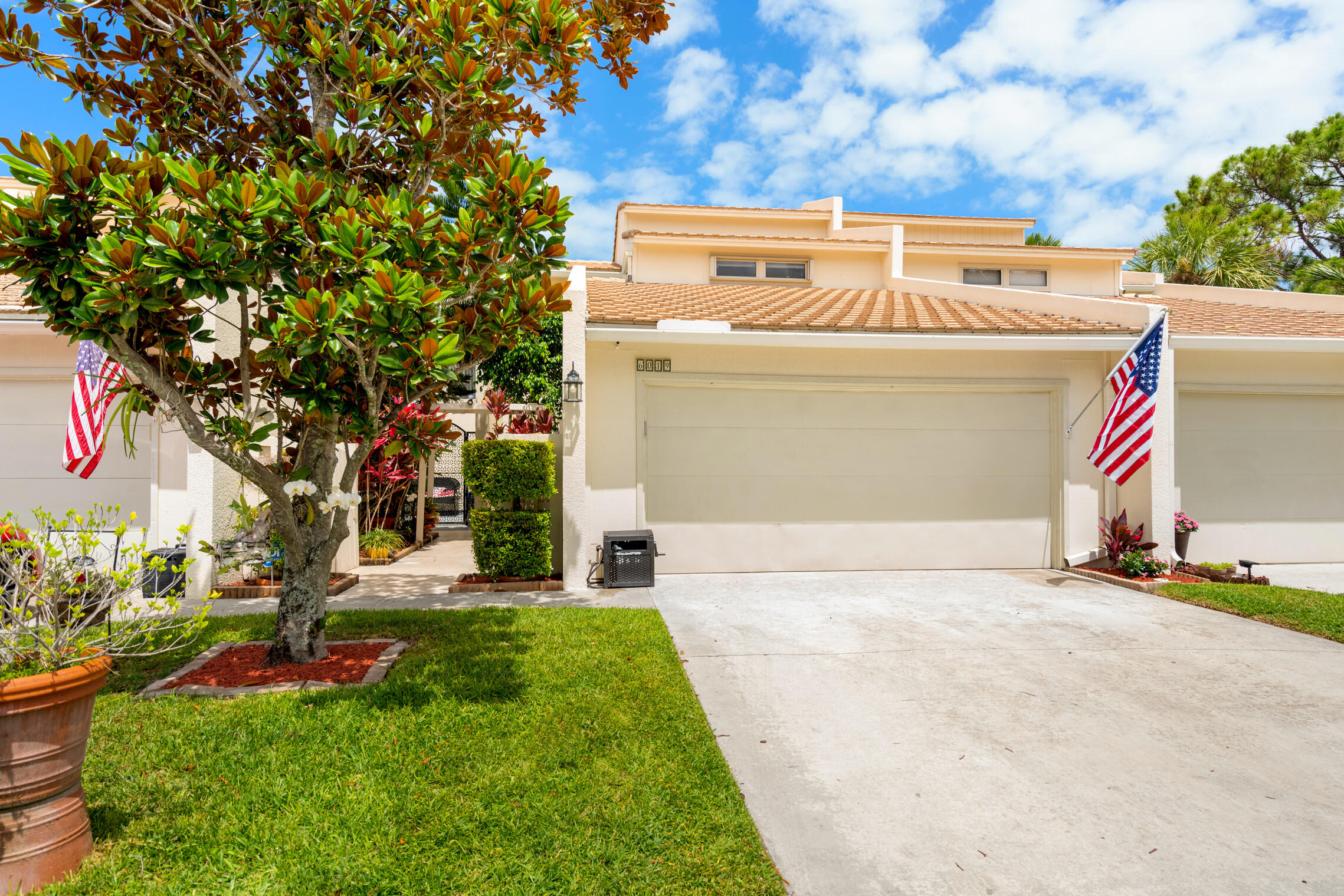6019 Edgemere Court Palm Beach Gardens, FL 33410