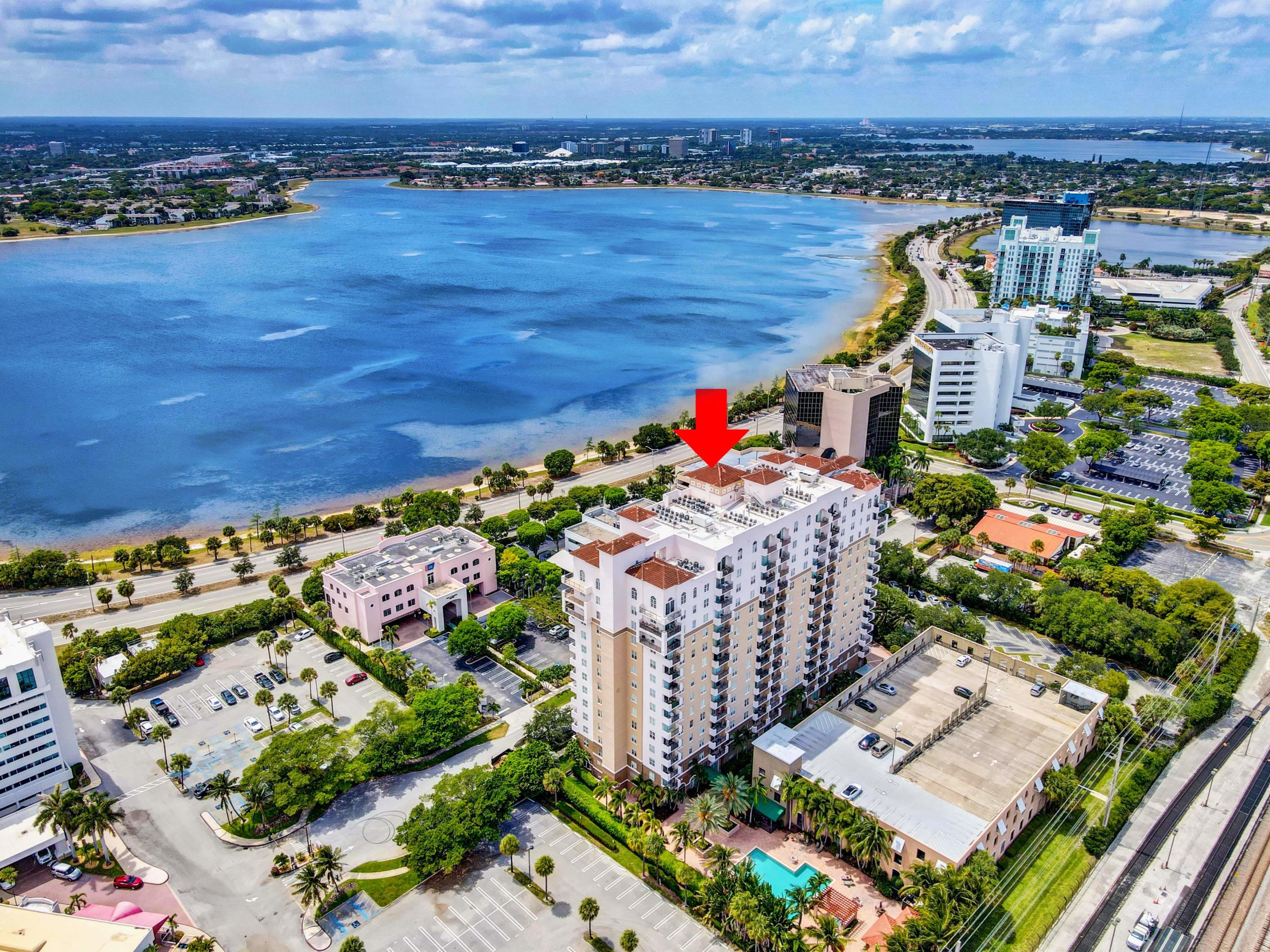 616  Clearwater Park Road 206 For Sale 10717567, FL