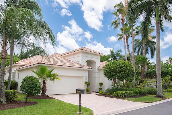 10752  Grande Boulevard  For Sale 10715861, FL