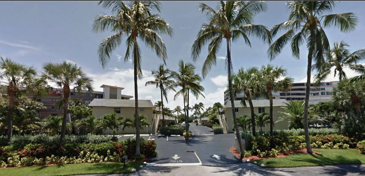 Home for sale in BARBICAN CONDO South Palm Beach Florida
