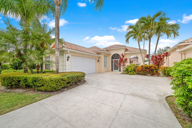 7727 Quida Drive West Palm Beach, FL 33411