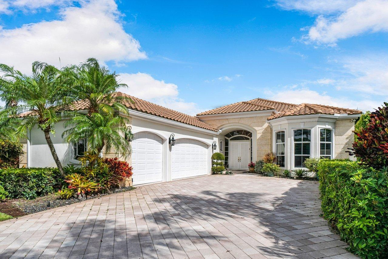 1141  Crystal Drive  For Sale 10718290, FL