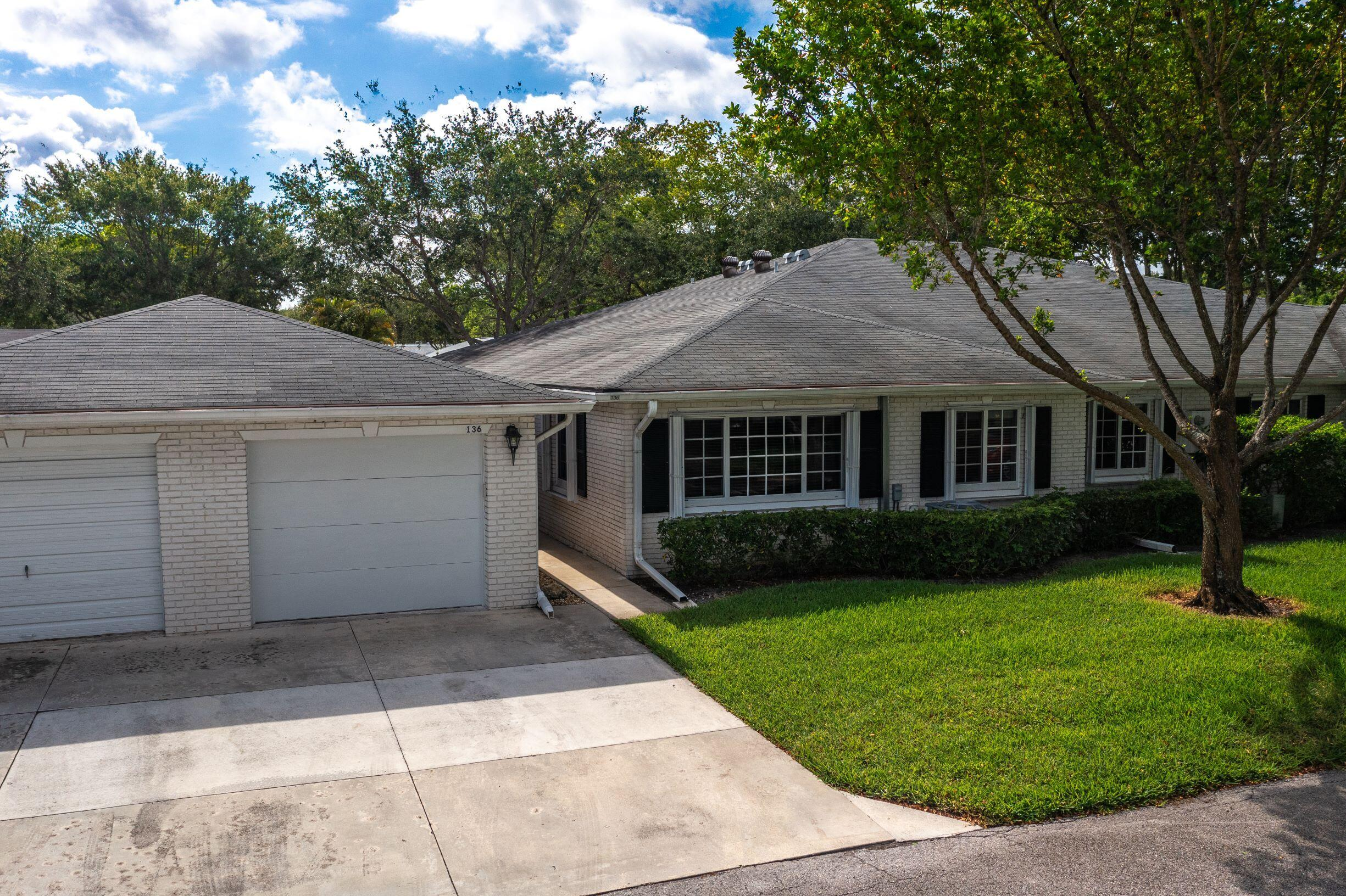 10160 S 42nd Drive 136 For Sale 10718111, FL