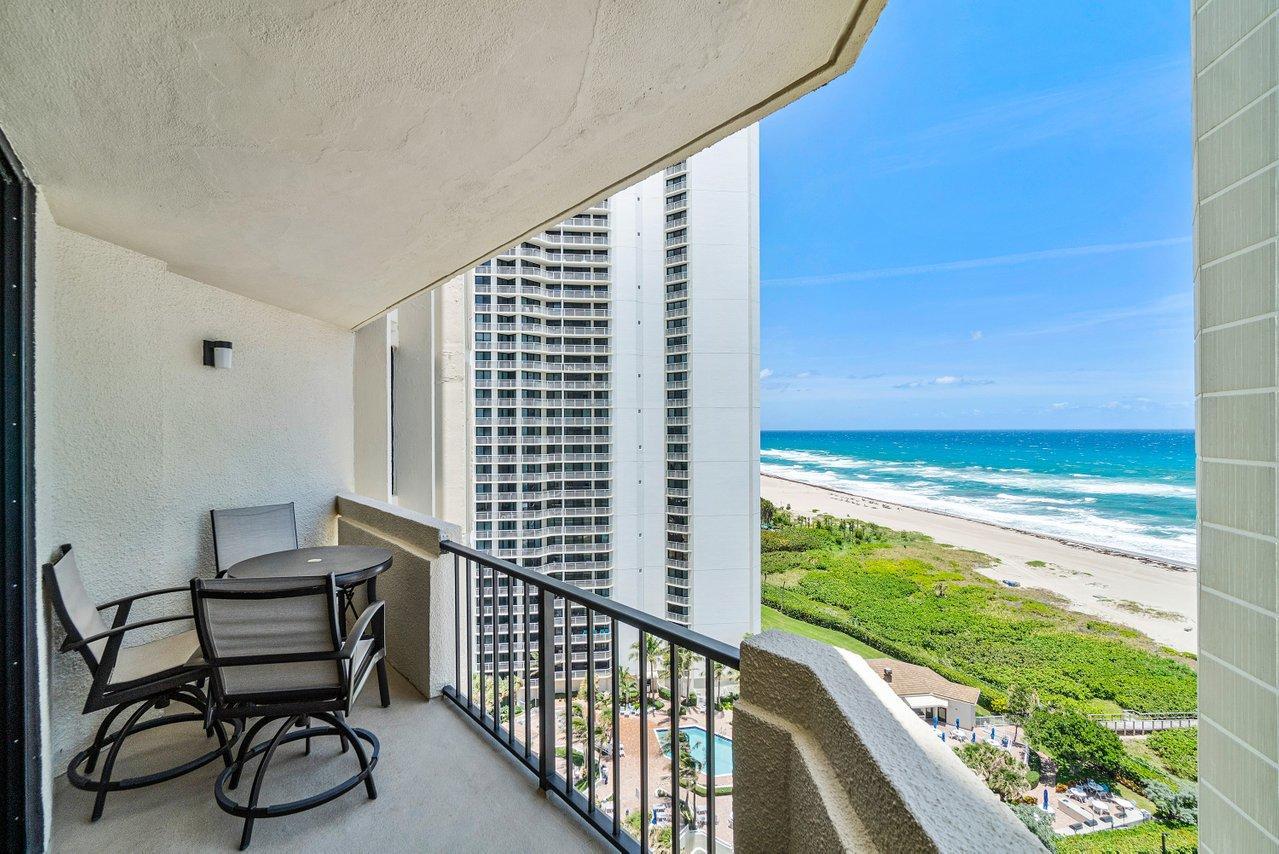 2800 N Ocean Drive B-16d For Sale 10718180, FL