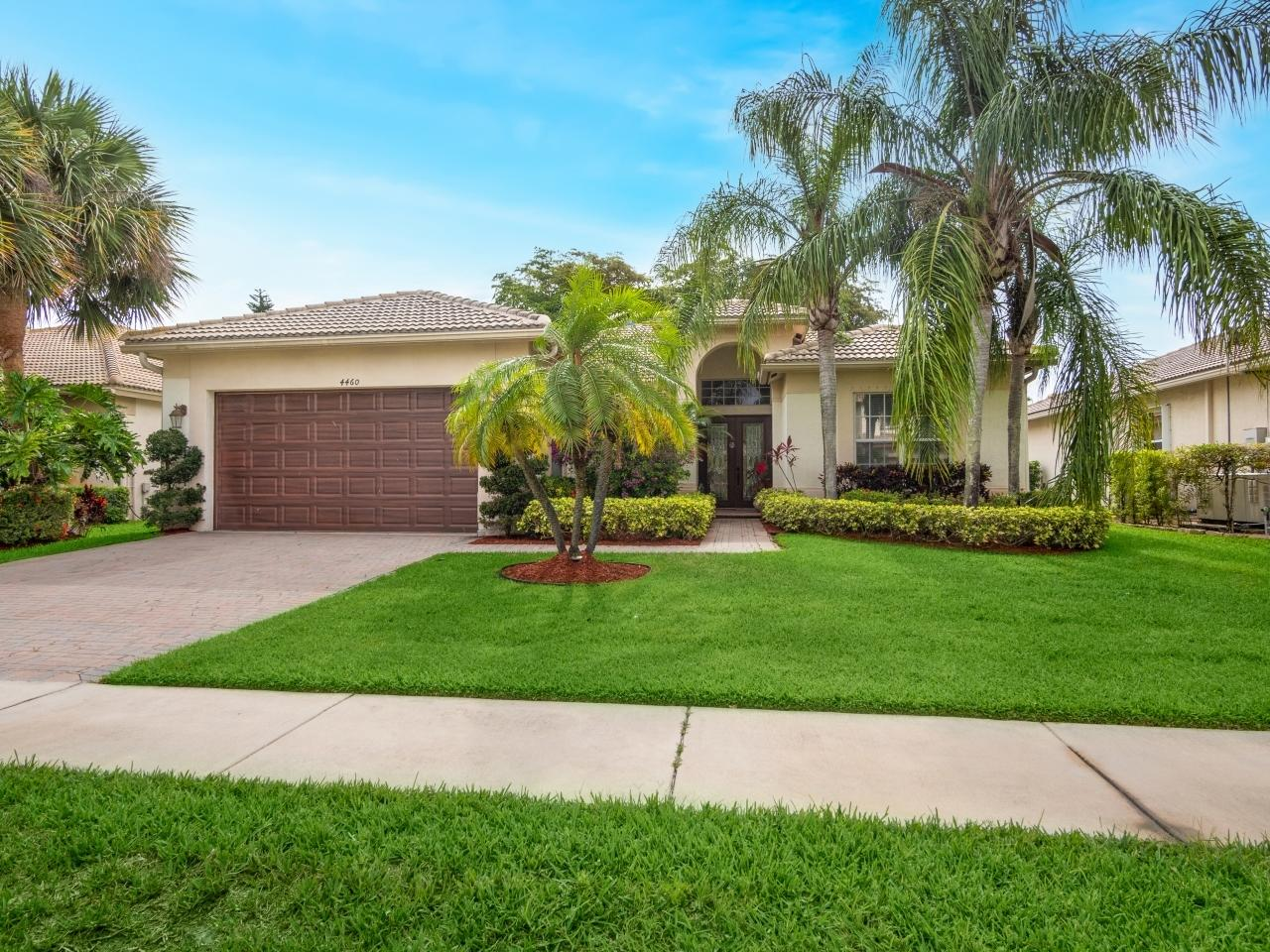 4460  Mariners Cove Drive  For Sale 10719499, FL
