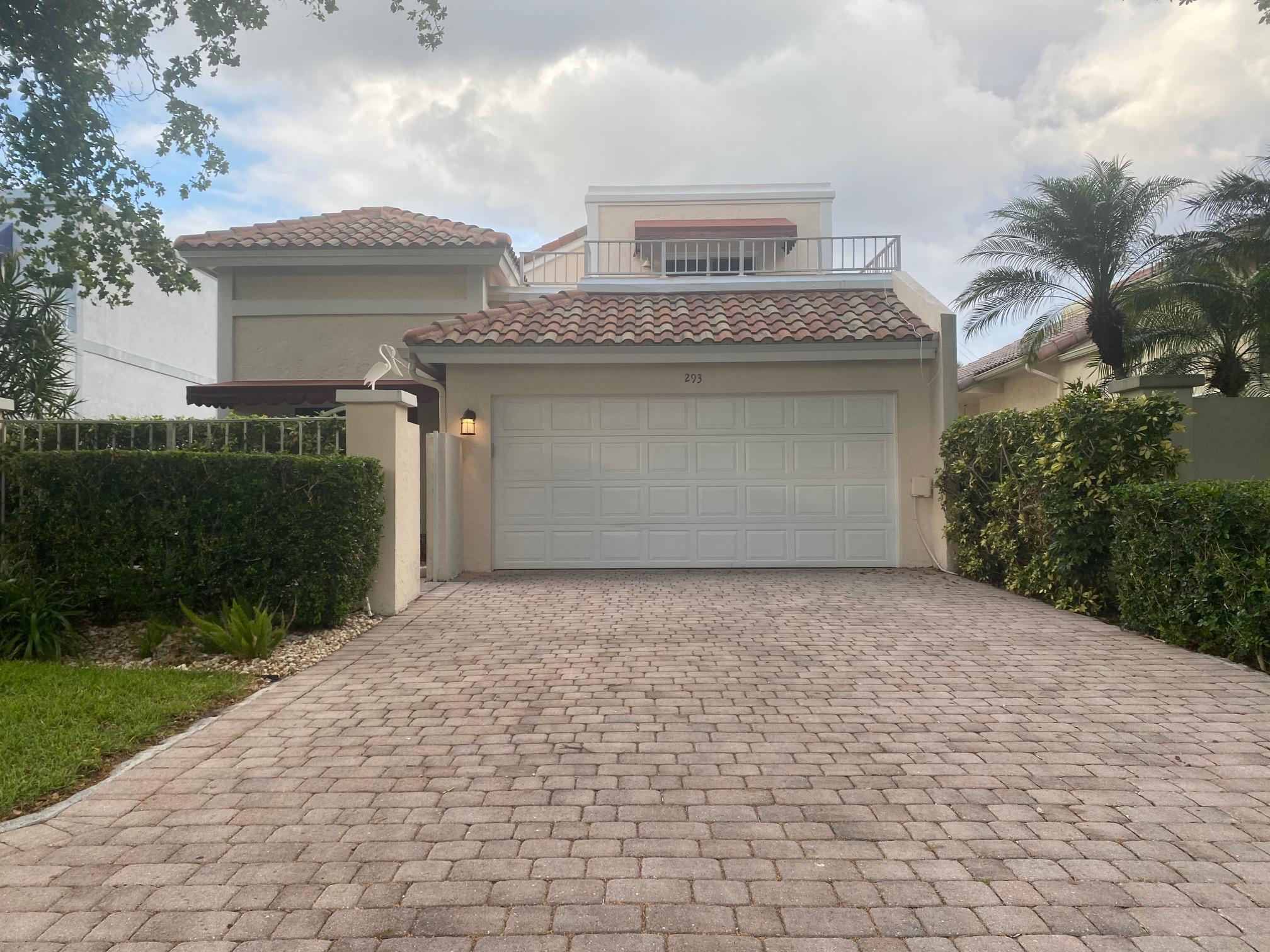 293  Pelican Way  For Sale 10719078, FL