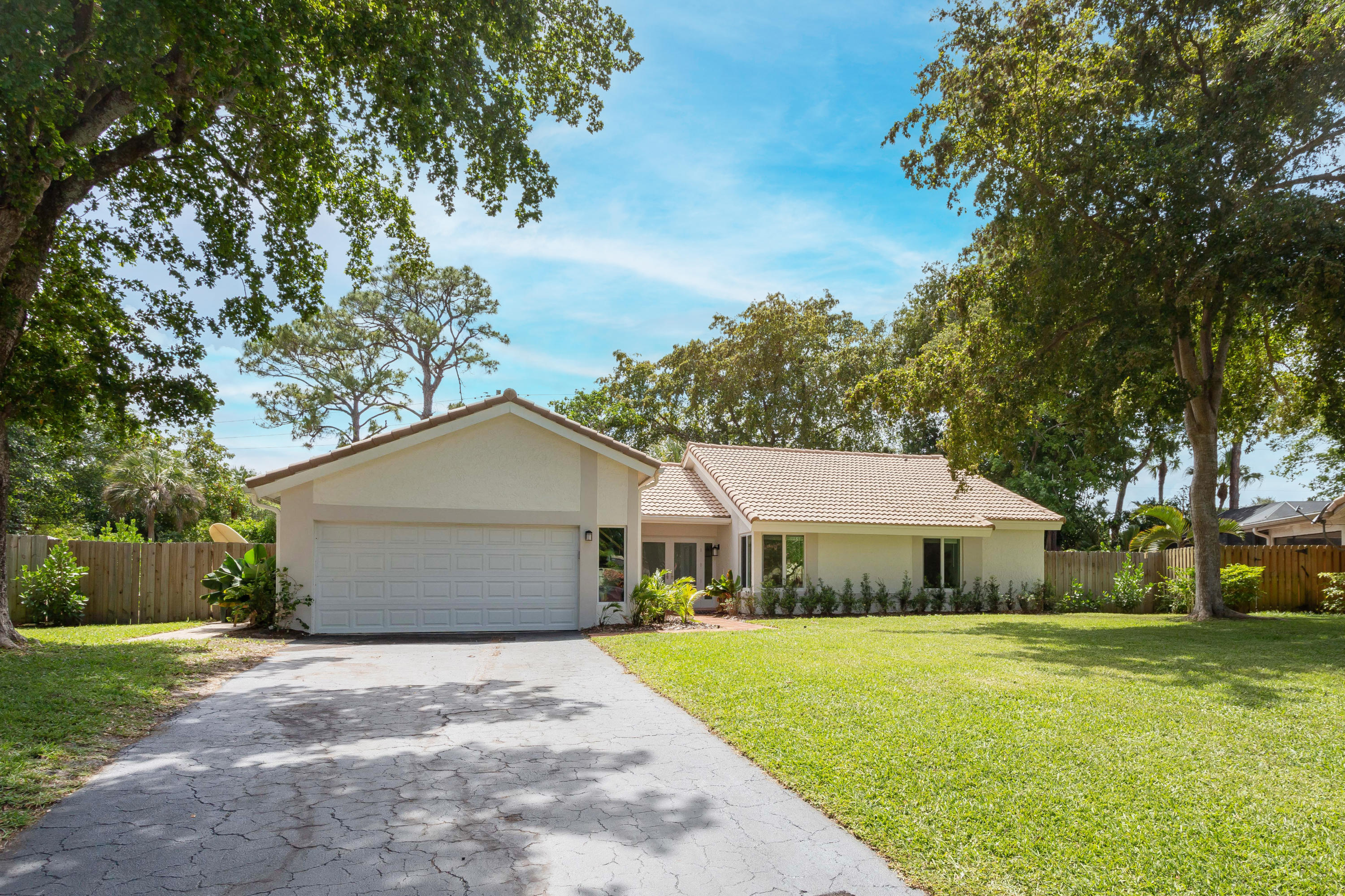 2889 24th Court - 3/2 in TIMBERCREEK