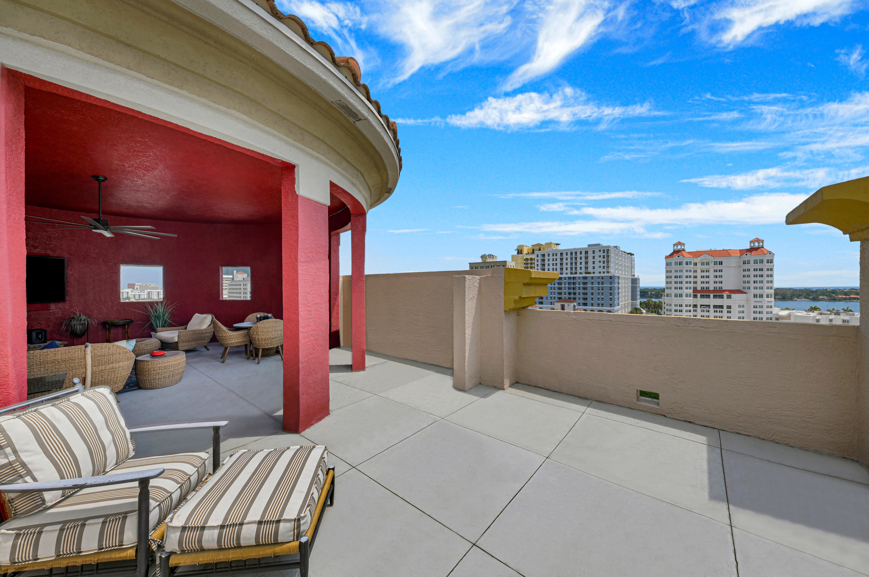 410  Evernia Street 801 For Sale 10711302, FL