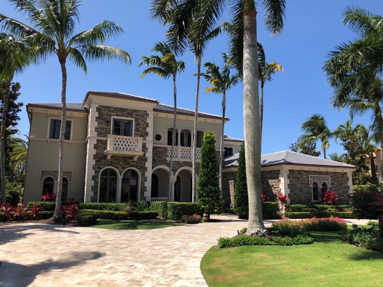 11715 Tulipa Court Palm Beach Gardens, FL 33418