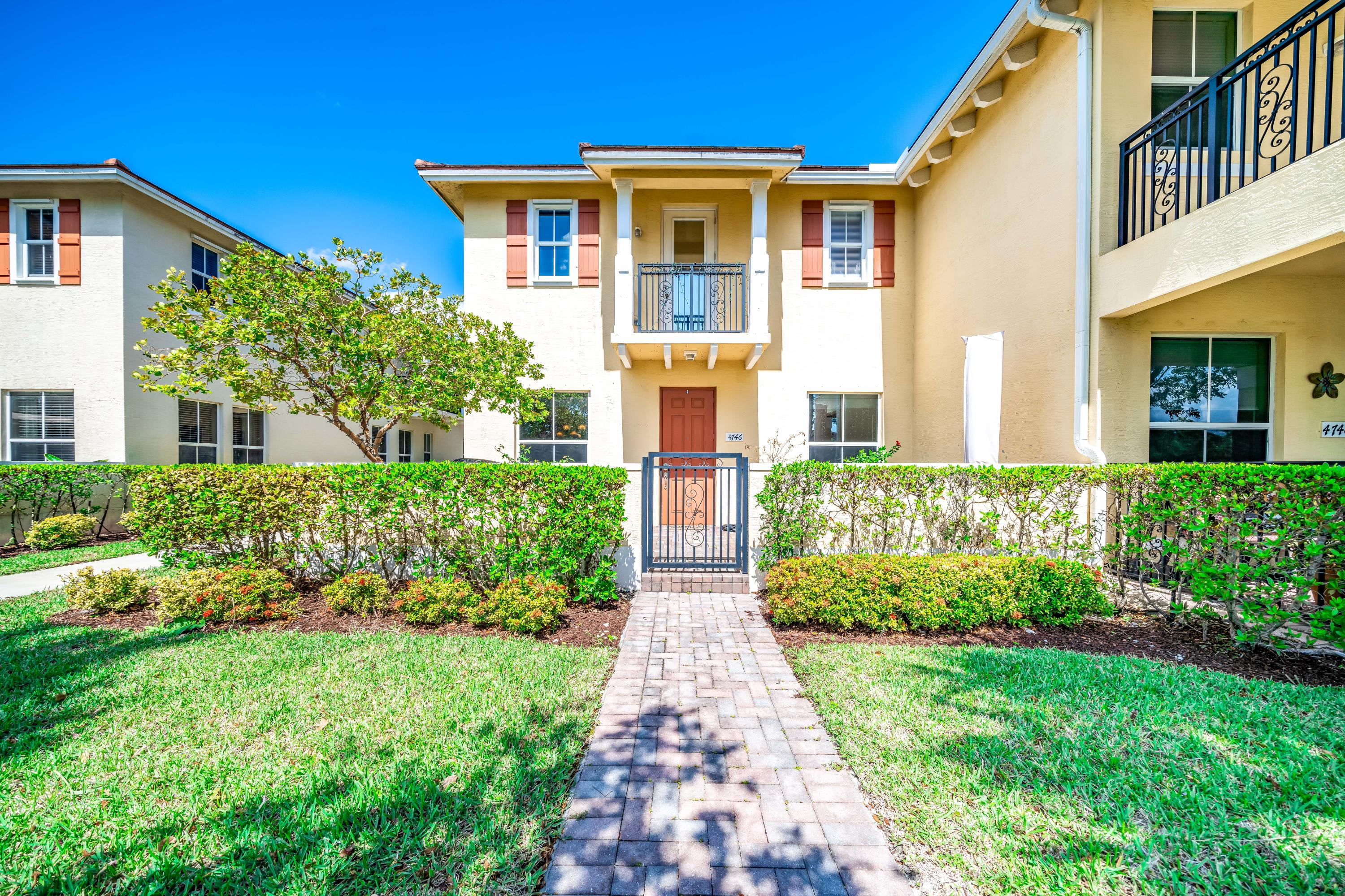 Home for sale in Paloma Lakes Coconut Creek Florida
