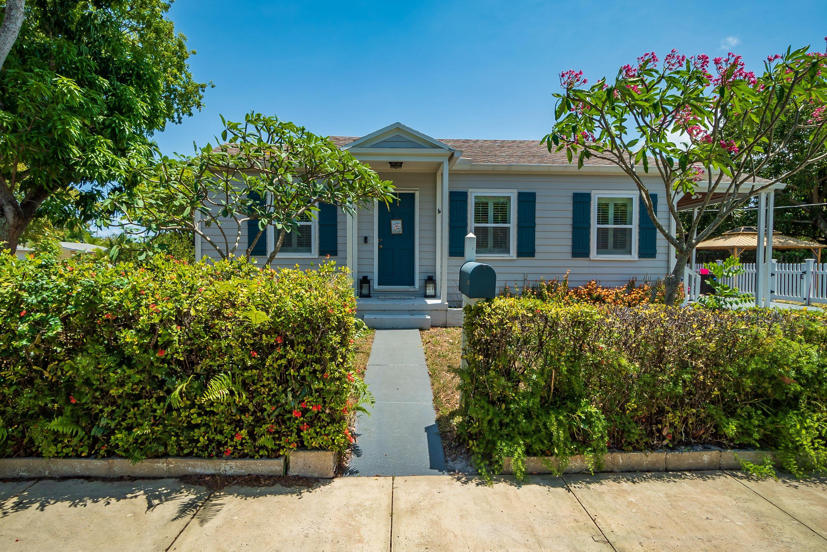 5801  Garden Avenue  For Sale 10718807, FL