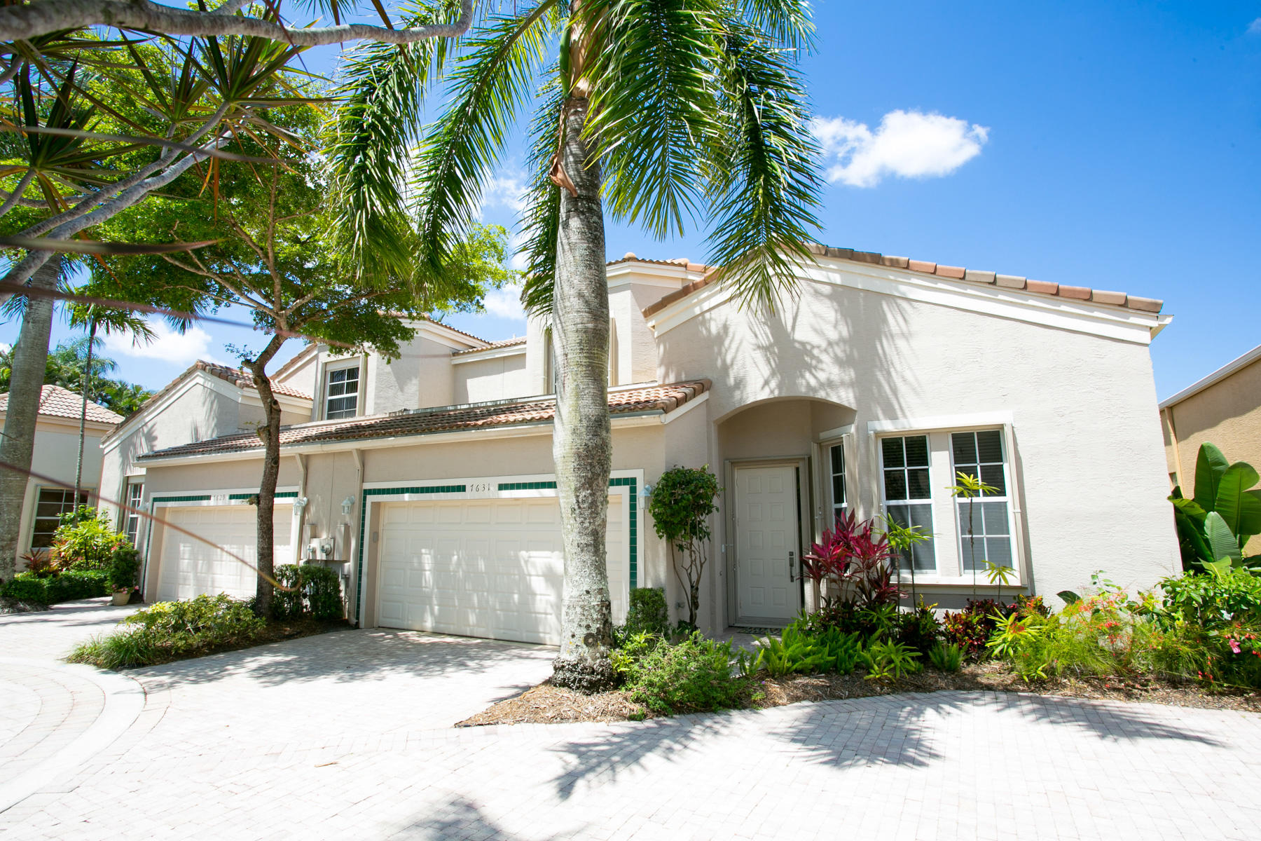 7631 Iris Court West Palm Beach, FL 33412