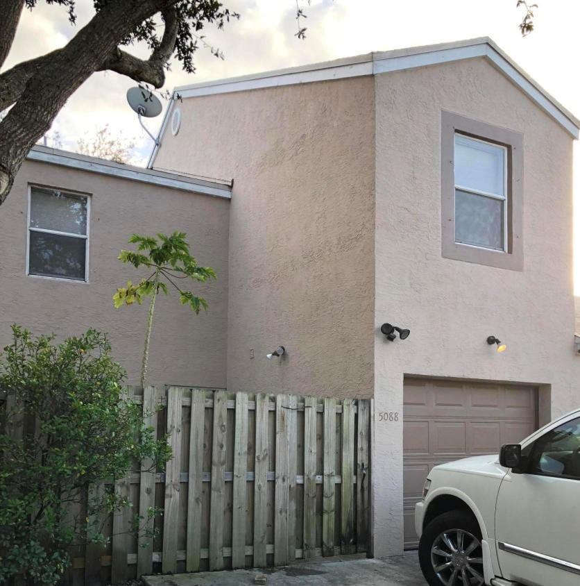 5088  Pine Abbey Drive  For Sale 10718741, FL