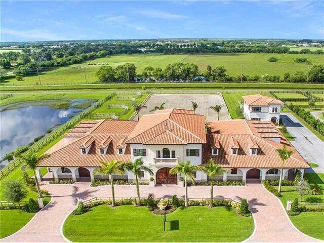 14740  Grand Prix Village Drive  For Sale 10719632, FL