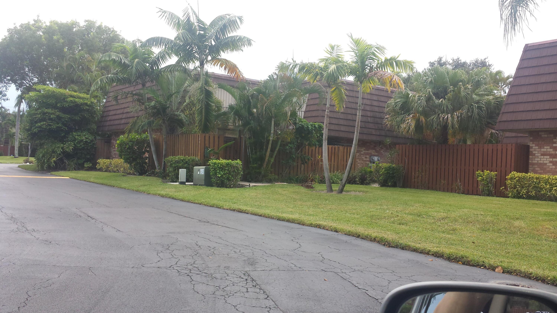 3930 Carolina Drive 904 Lake Worth, FL 33461