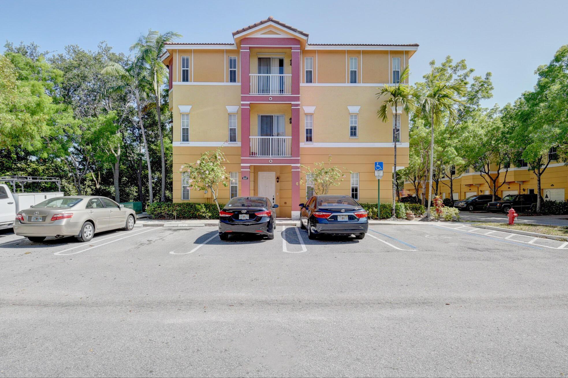 2147 Shoma Drive 223/ Building #21 Royal Palm Beach, FL 33414