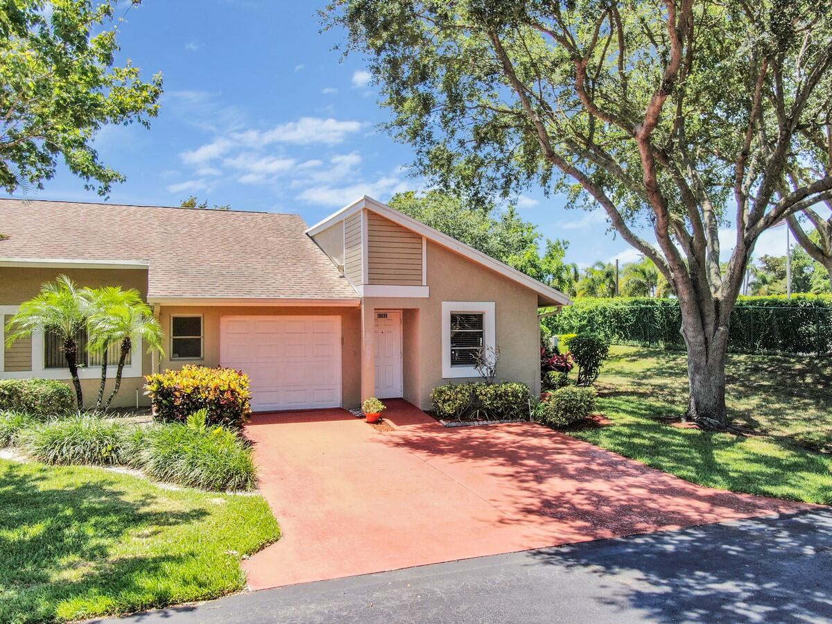 18695  Schooner Drive  For Sale 10718867, FL