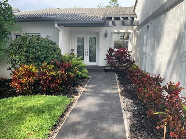 89  Cambridge Lane  For Sale 10718844, FL