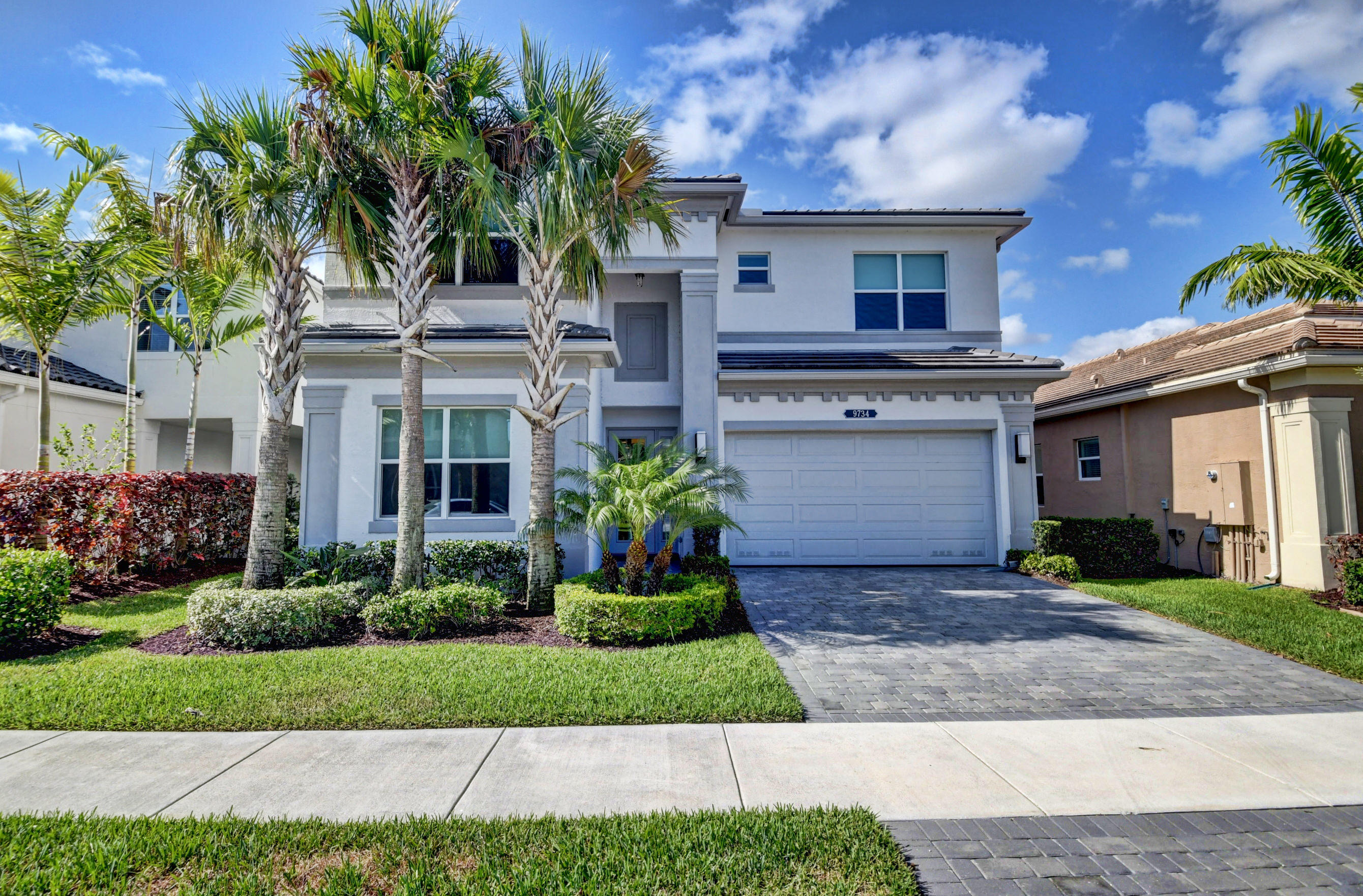 9734  Salty Bay Drive  For Sale 10719047, FL