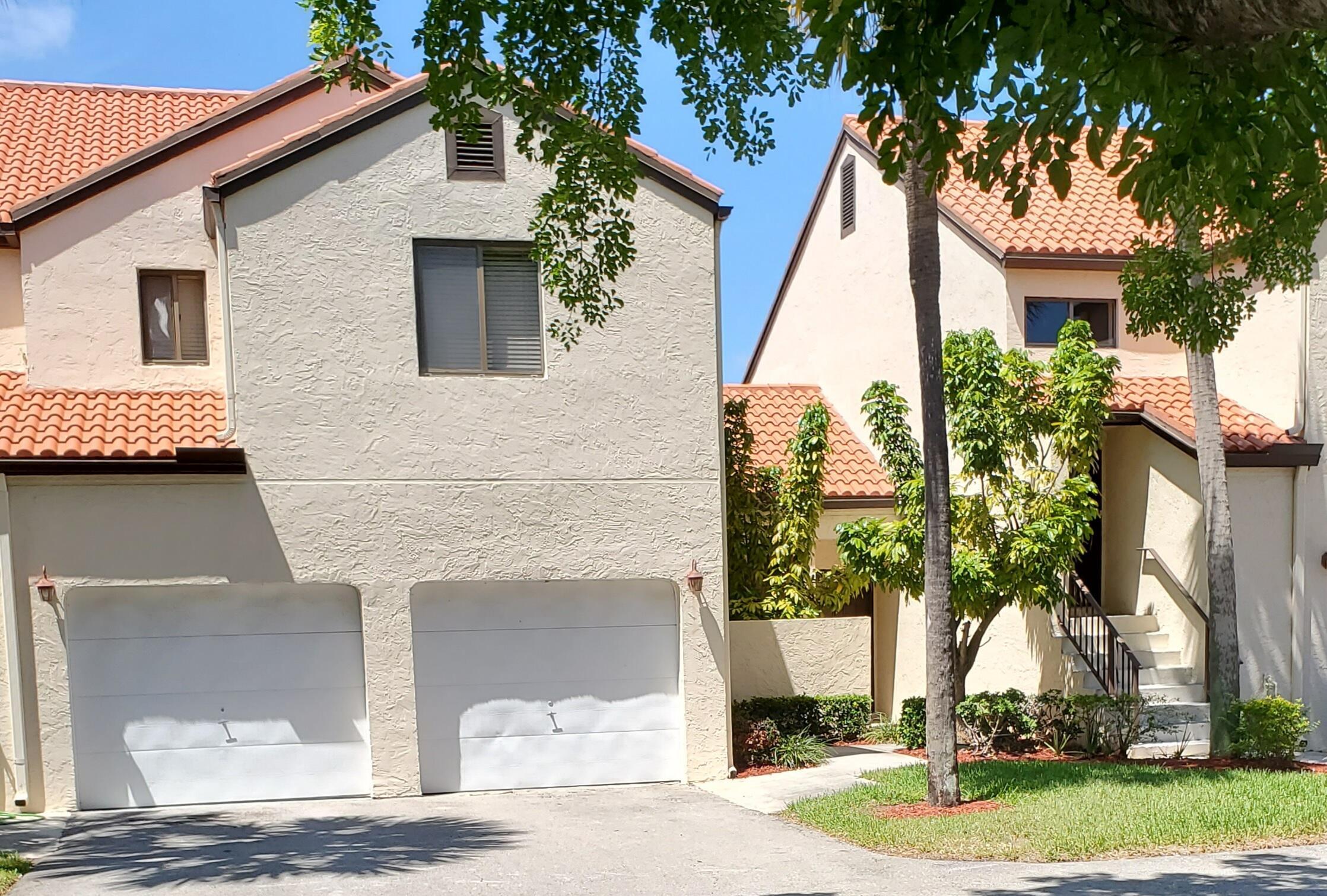23  Via De Casas Sur  104 For Sale 10719426, FL