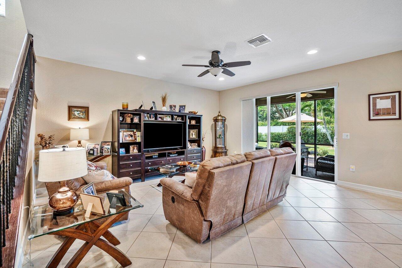 8165 Kendria Cove Terrace Boynton Beach, FL 33473 photo 13