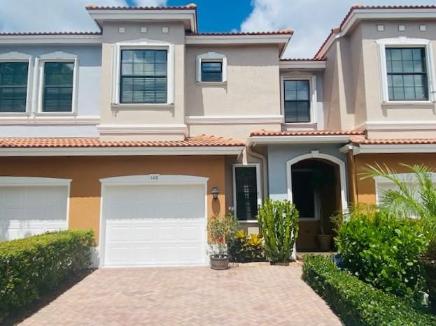 148 W Astor Circle  For Sale 10719338, FL