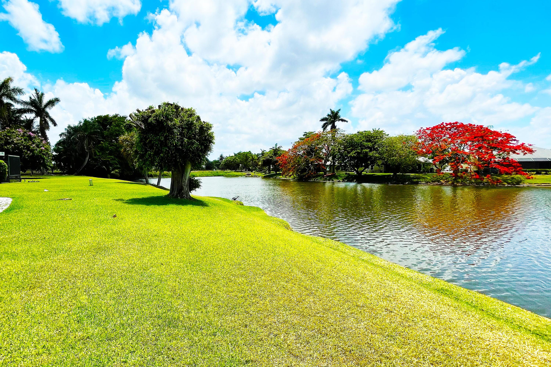 Home for sale in lakeshore at the meadows Boynton Beach Florida