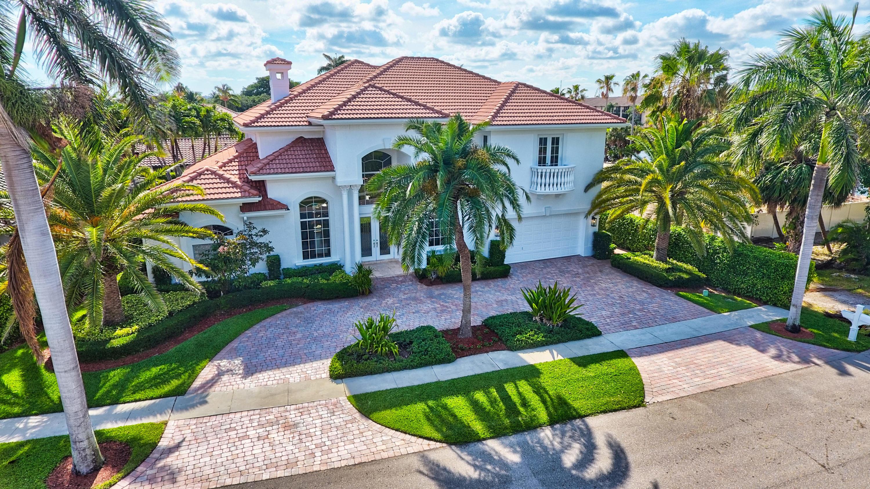7899 NE Spanish Trail Court  For Sale 10719619, FL