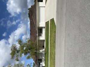 14558 Autumn Avenue, Wellington, FL 33414