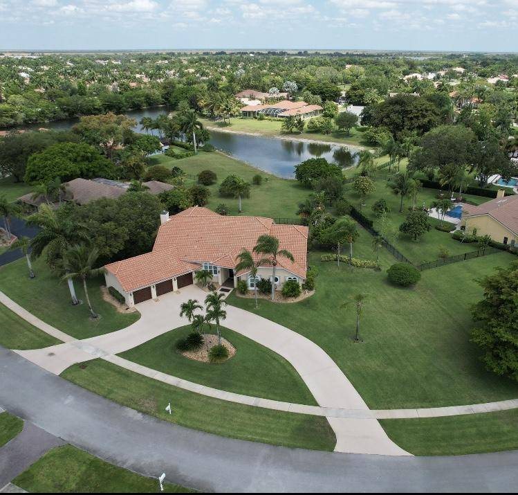 21503  Sweetwater Lane  For Sale 10719520, FL