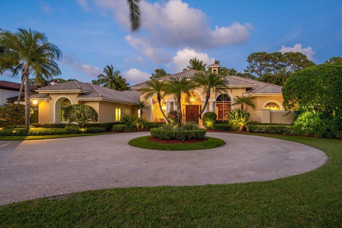 1908  Flagler Estates Drive  For Sale 10719724, FL