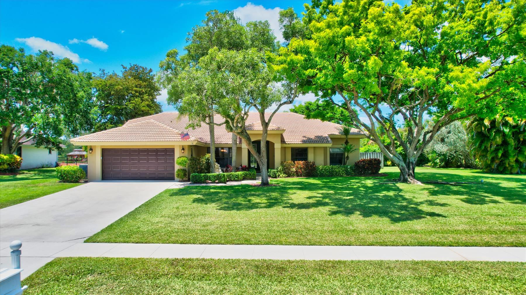 21334  Sweetwater Lane  For Sale 10719631, FL